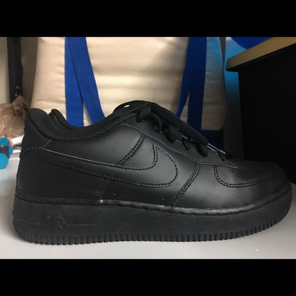 nike air force black size 7